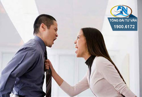 Vợ bỏ nhà ra đi có ly hôn được không