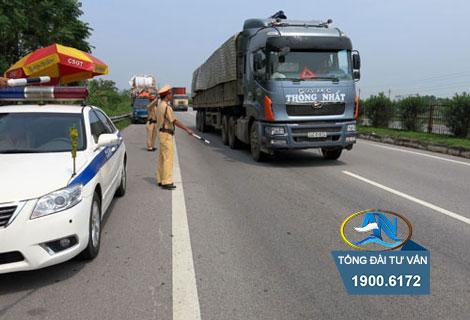 Mức phạt khi ô tô chạy quá tốc độ