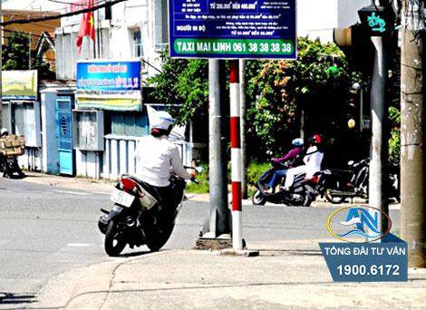 Trường hợp phương tiện giao thông phải giảm tốc độ