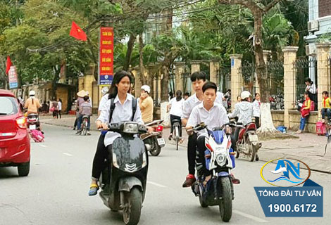 Giao xe máy cho người chưa đủ tuổi