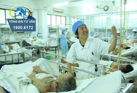 danh nhau chan thuong tai noi lam viec co duoc coi la tai nan lao dong khong