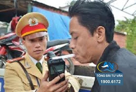 xu phat loi dieu khien xe may co nong do con 028mg lit 1
