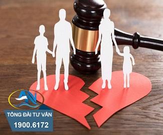 Hành vi ly hôn giả tạo