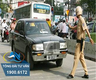 Điều khiển xe ô tô chở quá số người