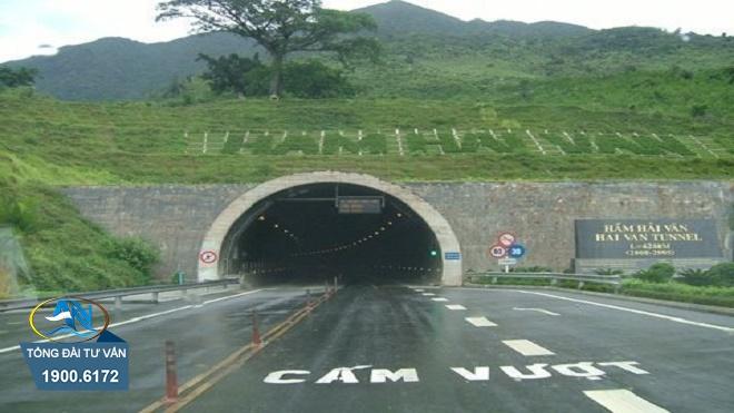 Lỗi vượt xe trong hầm đường bộ