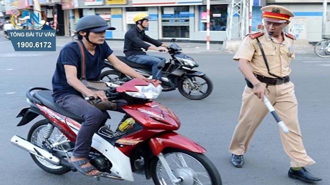 Xử phạt xe máy quá tốc độ trên 20 km/h