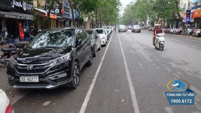 đỗ xe ô tô cách lề đường quá 0,25 m