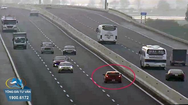 ô tô đi ngược chiều gây tai nạn giao thông