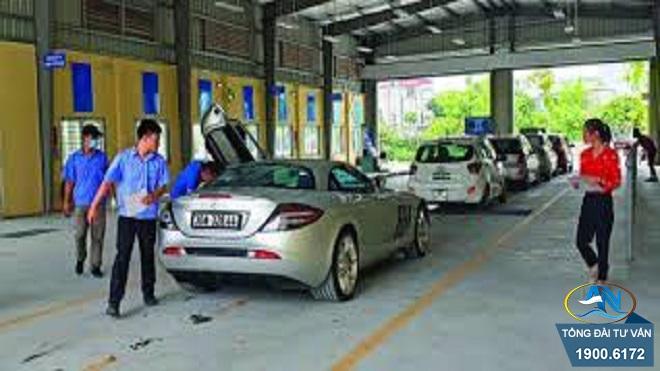 chu kỳ đăng kiểm của xe ô tô 4 chỗ