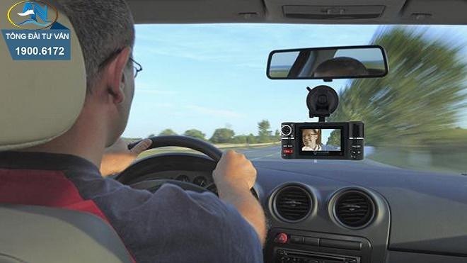 bắt buộc phải gắn camera trên xe