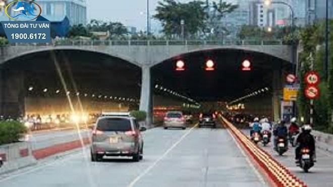 chuyển hướng xe khi tham gia giao thông
