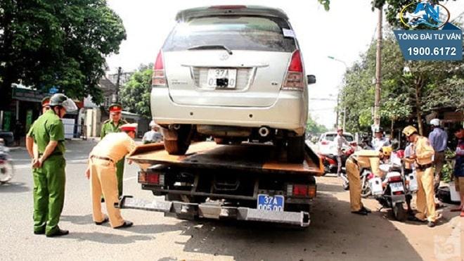tạm giữ phương tiện khi xe hết hạn đăng kiểm