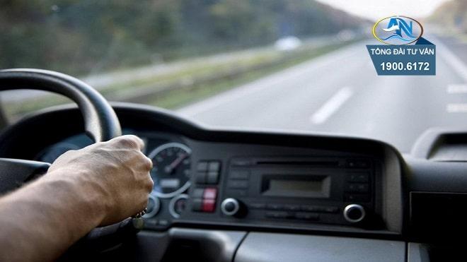 Ô tô chạy quá tốc độ 73/50