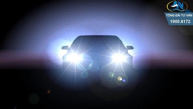 Xử phạt ô tô lắp thêm đèn chiếu sáng