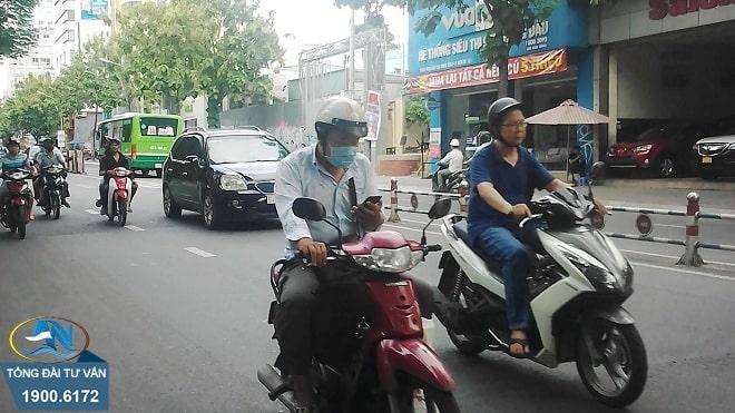 sử dụng điện thoại gây tai nạn giao thông
