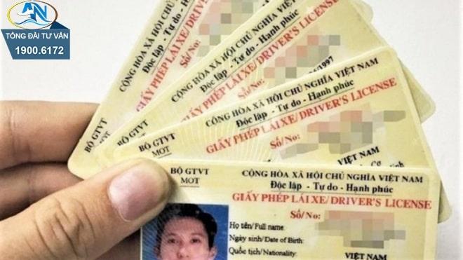 sử dụng giấy phép lái xe không phù hợp