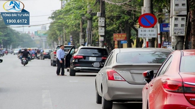 đỗ xe ô tô bên trái đường một chiều