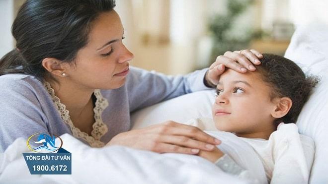 chế độ ốm đau khi con dưới 7 tuổi ốm